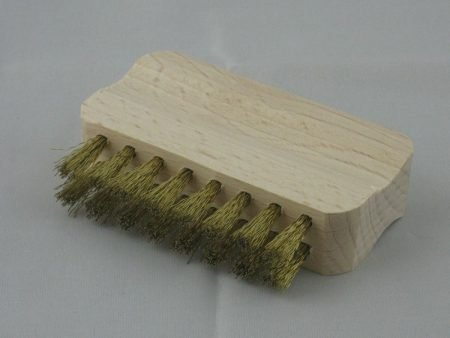 Metallbürste zum Reinigen des Edelstahlsiebs