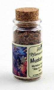 Muskatnuss im 30ml Korkgläschen
